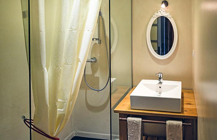 salle de bains - chambre du berger